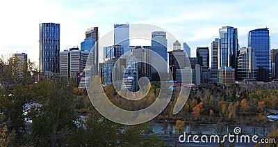Άποψη κέντρο πόλεων του Κάλγκαρι, Καναδάς 4K απόθεμα βίντεο