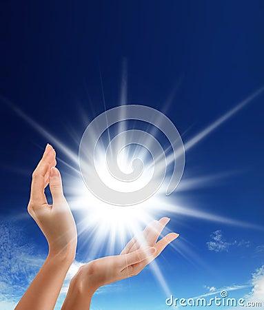 ήλιος χεριών