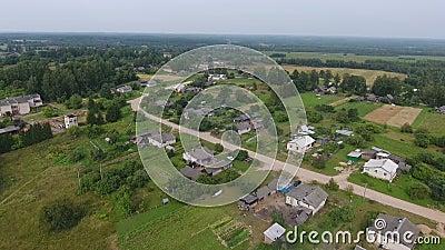 Αγροτικό χωριό επαρχίας, εναέρια άποψη φιλμ μικρού μήκους