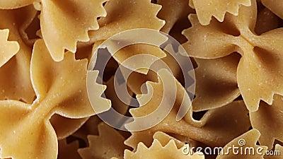 Ακέραιο italiana ζυμαρικών πεταλούδων βιο απόθεμα βίντεο