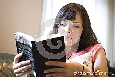 ανάγνωση κοριτσιών