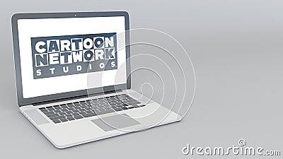 Ανοίγοντας και κλείνοντας lap-top με το λογότυπο στούντιο του Cartoon Network 4K εκδοτική ζωτικότητα ελεύθερη απεικόνιση δικαιώματος