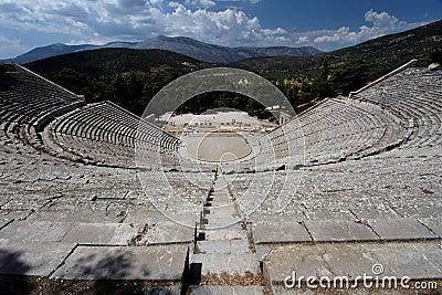 αρχαίο ελληνικό θέατρο epidauros