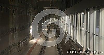 Βαρκελώνη, Ισπανία - 20 Οκτωβρίου 2019: Αυτόματος υπόγειος σιδηρόδρομος, ταχύτητα σήραγγας Χρονική περίοδος απόθεμα βίντεο