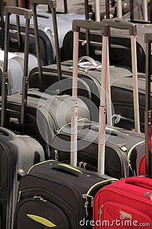 Βαλίτσες για την πώληση