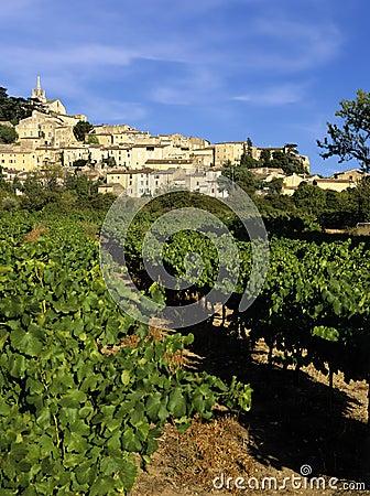 γαλλικό χωριό κορυφών υψώματος