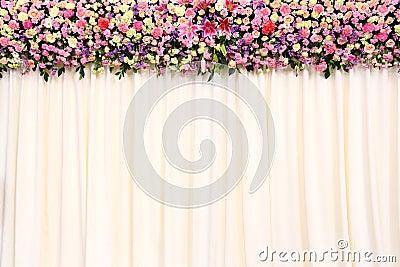 Γαμήλιο φόντο με το λουλούδι και το