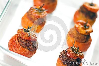 γεμισμένες κρέας ντομάτε&sig