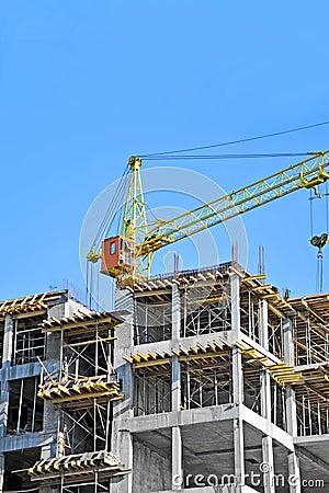 Γερανός και εργοτάξιο οικοδομής