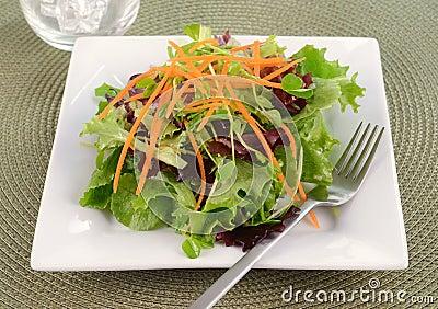 Δευτερεύουσα σαλάτα