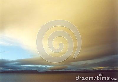 δραματικό ηλιοβασίλεμα