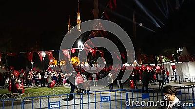 29 Εορτασμοί στην πλατεία της Κωνσταντινούπολης το βράδυ στην Ekim Cumhuriyet Bayrami - 15 φιλμ μικρού μήκους