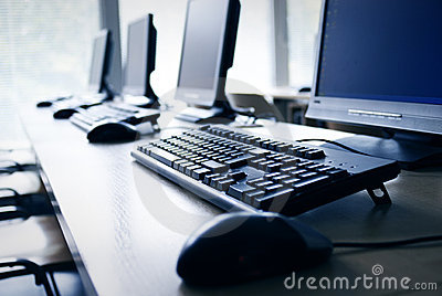 εργαστήριο υπολογιστών