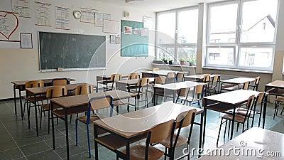 Εσωτερικό δημοτικών σχολείων Κενή σχολική τάξη απόθεμα βίντεο