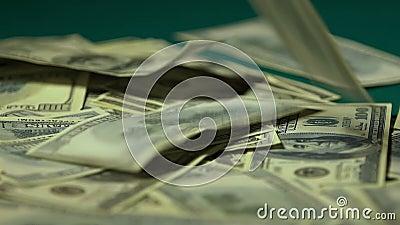 Η απόλαυση γυναικών οι λογαριασμοί δολαρίων, κερδίζει ή κληρονομεί τη μεγάλη κινηματογράφηση σε πρώτο πλάνο ποσού χρημάτων απόθεμα βίντεο
