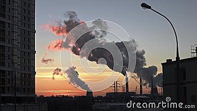 ισχύς φυτών κεντρικής θέρμανσης θερμική Καπνός καπνοδόχων απόθεμα βίντεο