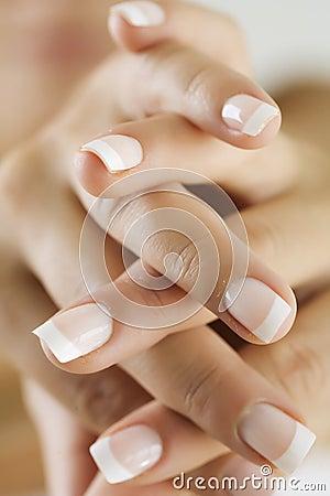 καρφιά δάχτυλων