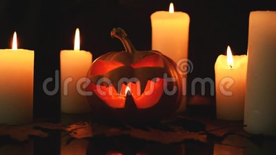 Κεριά και απόκριες κολοκύθα απόθεμα βίντεο