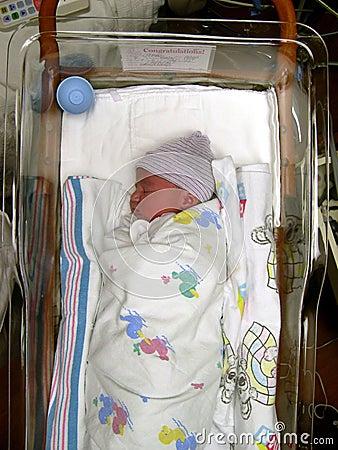 κορίτσι νεογέννητο