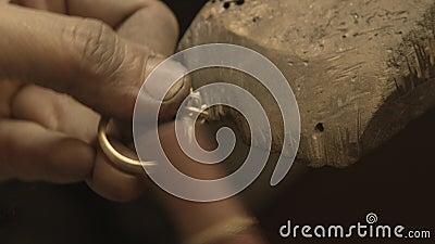 Κοσμηματοπωλεία Χρυσός δακτύλιος λείανσης φιλμ μικρού μήκους
