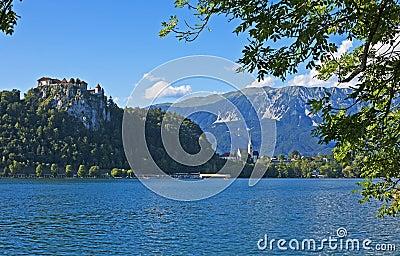 Λίμνη που αιμορραγείται, Σλοβενία