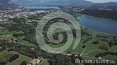 Λίμνη στην Ιταλία 4K απόθεμα βίντεο
