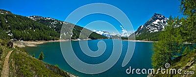 λίμνη s devero codelago ορών