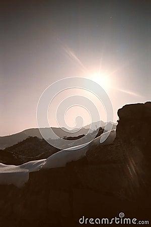 μεγάλος τοίχος φωτός του ήλιου κορυφογραμμών