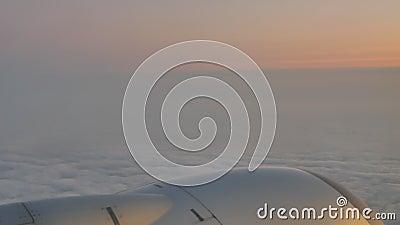Μηχανή αεροσκαφών στα σύννεφα απόθεμα βίντεο