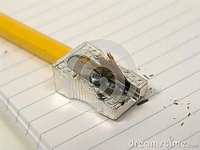 μολύβι που ακονίζεται