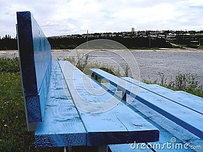 μπλε πάρκο πάγκων