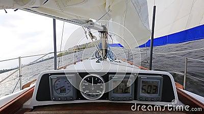 Ναυτικός αγώνας Μεταφορά με ισχυρό άνεμο Ιστιοφόρο απόθεμα βίντεο