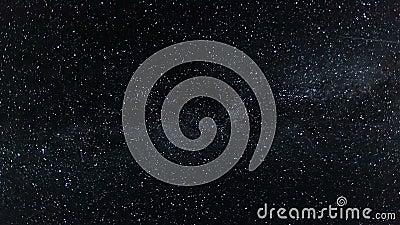 Νυχτερινός ουρανός με το γαλακτώδες χρονικό σφάλμα γαλαξιών τρόπων - κινούμενα αστέρια αστράψτε τη νύχτα - πλήρες HD 1920x1080 απόθεμα βίντεο