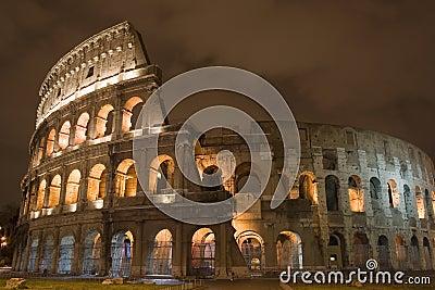 νύχτα colosseum