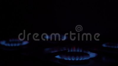 Οι καυστήρες ανάβουν και παρέχουν γαλάζιο αέριο απόθεμα βίντεο