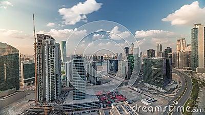 Οι πύργοι του Ντουμπάι στις πρωινές εναέριες χρονοθυρίδες απόθεμα βίντεο