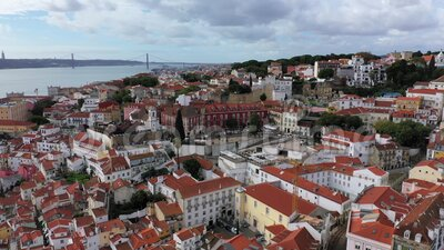 Ο λόφος Alfama στη Λισαβόνα από ψηλά απόθεμα βίντεο
