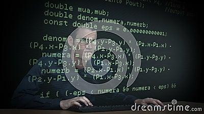Ο χάκερ μεταφορτώνει τα στοιχεία φιλμ μικρού μήκους