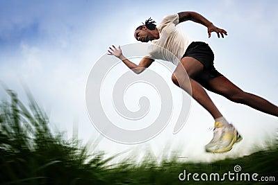 πέρα από το τρέξιμο πεδίων