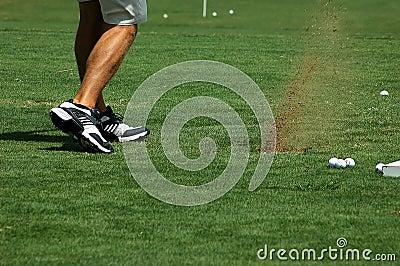 Παίζοντας γκολφ