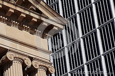 Παλαιό και σύγχρονο κτήριο