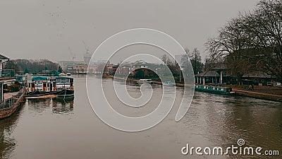 Ποταμός Τάμεση στο Reading, ΗΒ απόθεμα βίντεο