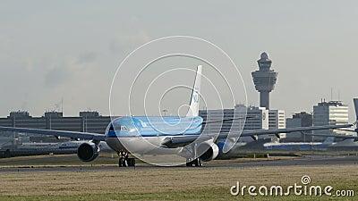 Πολύ ταξί αεροπλάνων σε Schiphol Κάτω Χώρες