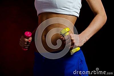 προκλητικό στομάχι