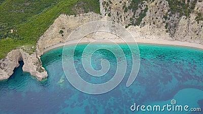 Πτήση της παραλίας παραδείσου στο νησί της Κέρκυρας στην Ελλάδα φιλμ μικρού μήκους