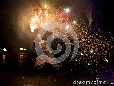 πυρκαγιά Κίεβο φεστιβάλ &t Εκδοτική Φωτογραφία