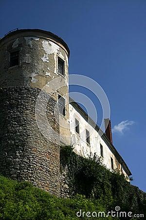 πύργος κάστρων ozalj
