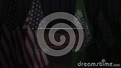 Σημαίες των ΗΠΑ και της Σαουδικής Αραβίας και μεγάφωνο Το πολιτικό γεγονός ή οι διαπραγματεύσεις σχετικά με την εννοιολογική 3Δ απόθεμα βίντεο