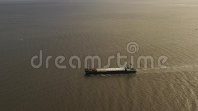 Σκάφος εμπορευματοκιβωτίων στην εξαγωγή και την εισαγωγή Διεθνές στέλνοντας φορτίο