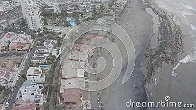 Τενερίφη την παραμονή της Καλίμα Η ακτή στη ομίχλη Πανόραμα της πόλης φιλμ μικρού μήκους